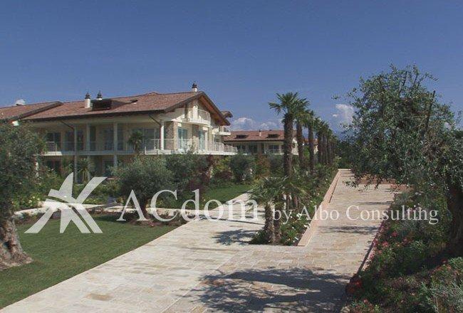 великолепные квартиры в жилом комплексе с бассейном в Сирмионе - ACdom by Albo Consulting
