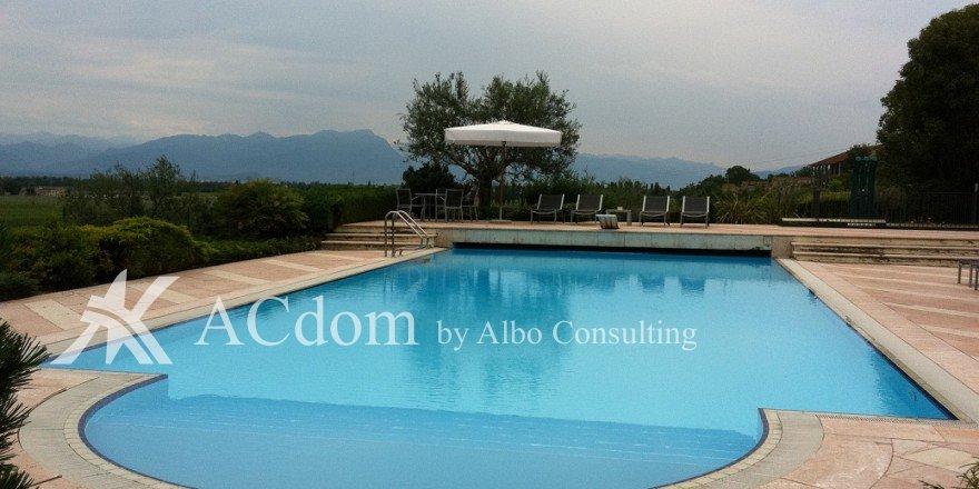 вилла на озеро Гарда, Италия