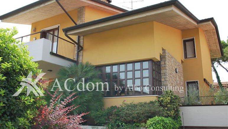 Красивая и просторная вилла в Дезенцано дель Гарда - ACdom by Albo Consulting