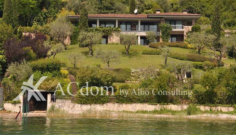 Роскошная вилла на первой линии озера Гарда - ACdom by Albo Consulting