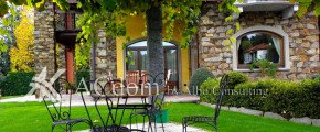 Великолепная вилла на озере Маджоре - Италия