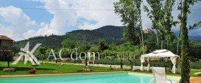 Красивая вилла с бассейном в Тоскане