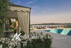 Шикарная вилла с видом на озеро Гарда